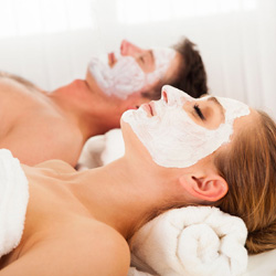 Facial Treatment for Men & Women